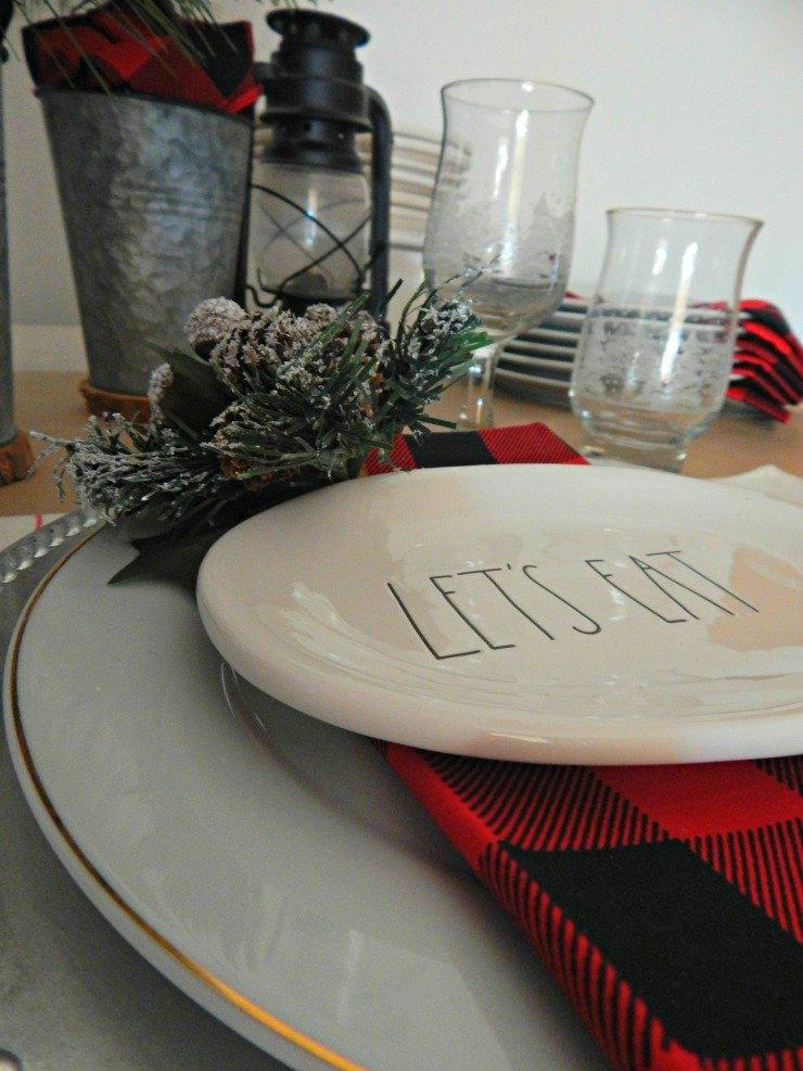 Christmas Table Settings with Buffalo Plaid Napkin