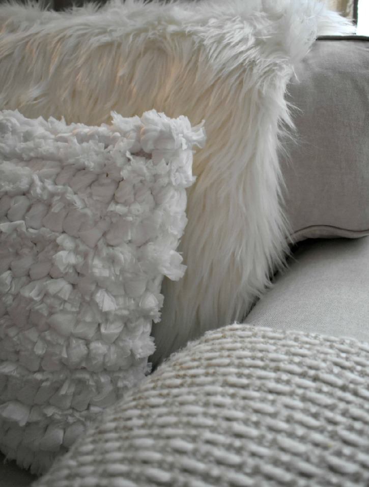 Warm and Cozy Pillows for Winter